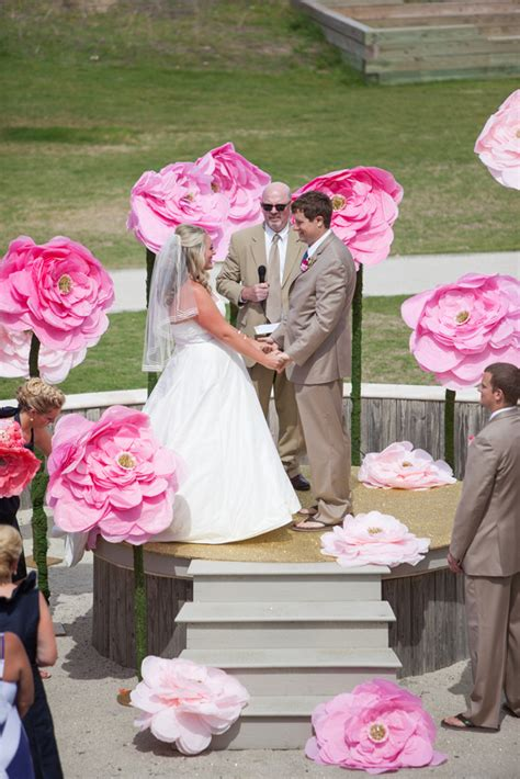 How To Make Large Paper Flowers For Wedding - save