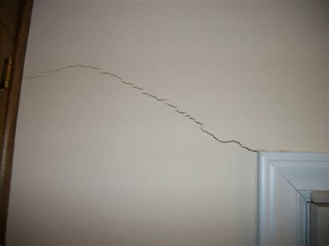 Are Ceiling Cracks Serious by A Wall When Is It Serious Brackett Foundation