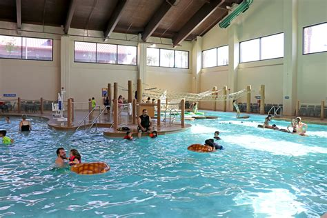 14 reasons you need to stay at great wolf lodge in garden grove ca