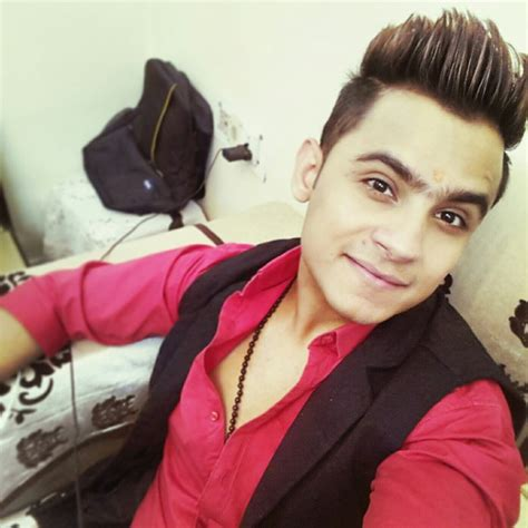 hair style of mg punjabi sinher why one must follow punjabi singers rappers for hairstyles