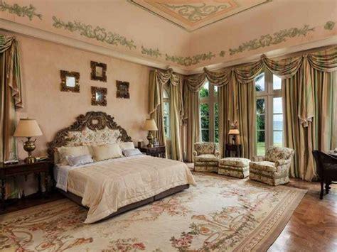 mansion bedroom huge master bedrooms mansion bathrooms mansion master