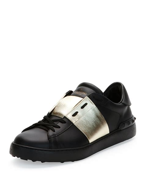 s valentino sneakers lyst valentino low top sneaker with stripe in black for