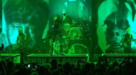 metallica zombie video video rob zombie covers metallica s enter sandman in