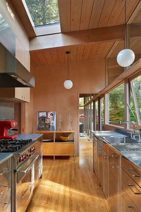 mid century modern kitchens best 25 mid century kitchens ideas on pinterest