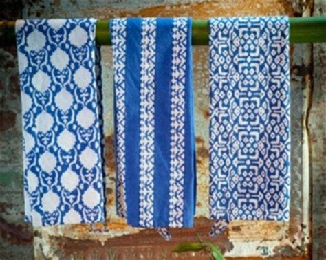 Blue Kitchen Towels Blue And White Kitchen Towels Contemporary Dish Towels
