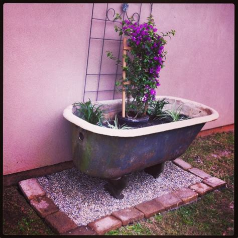 bathtub planters 17 best images about bathtub garden on pinterest gardens