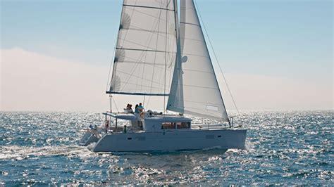 catamaran newport beach lagoon catamaran 450 flybridge newport beach sailing