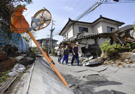 earthquake house japan earthquake daylight shows extent of damage after 9