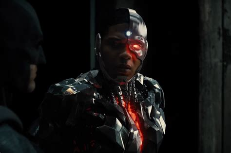justice league film will smith quot justice league quot cyborg est il le vrai h 233 ros du film