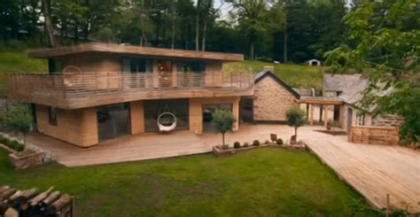 Grand Designs: Kevin McCloud loves gamekeeper cottage