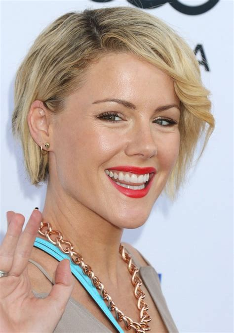 robertson hair cut kathleen robertson most popular short side parted haircut