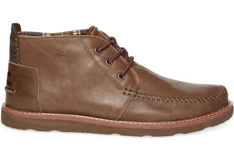 chocolate leather s chukka boots toms
