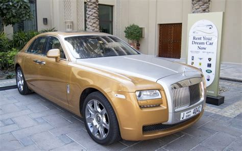 rolls royce gold rent rolls royce ghost gold dubai uae
