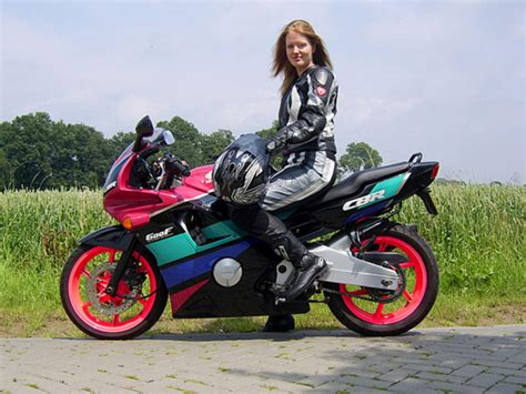 womens motorcycle race the world s best photos by gurke2010 flickr hive mind