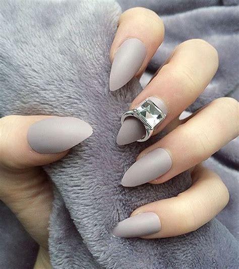décorer ses ongles le nail ring la nouvelle tendance pour d 233 corer ses ongles