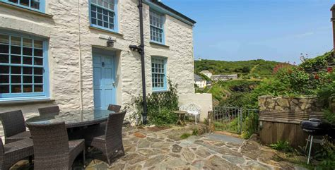 Harbour Cottage Portloe by Cornwall Cottages Portloe Cove Cottage