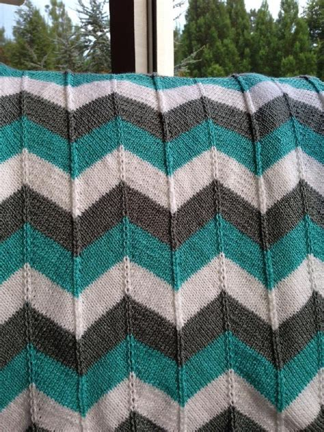 chevron baby blanket knitting pattern chevron baby blanket and chevron throw knitting pattern by