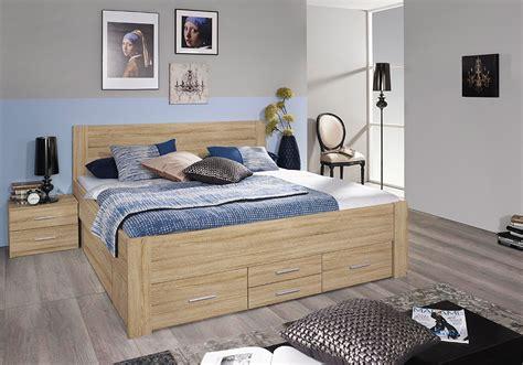 lit adulte avec tiroirs lit adulte isoka 140 cm avec tiroirs et 2 chevets