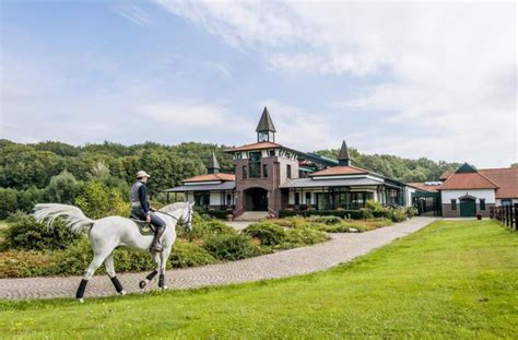 Barn Style Houses by 7 World Class Equestrian Estates Sotheby S International