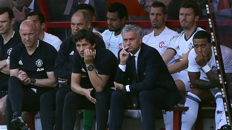 man utd bench chelsea top euro league data of least players used man
