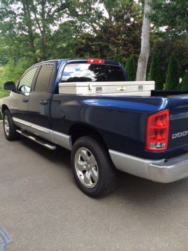 find used 2004 dodge ram 1500 4x4 5 7liter hemi 8 cylinder engine w air conditioning in sussex buy used 2004 dodge ram 1500 crew cab laramie 5 7l 4x4 in harwinton connecticut united states