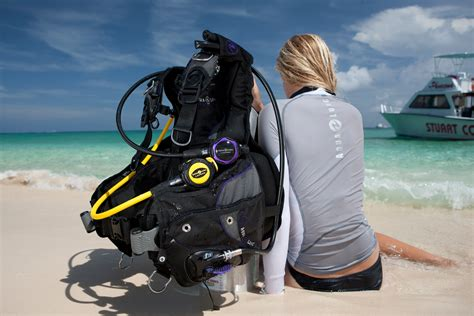 aqualung dive gear gear review aqua lung soul i3 scuba diver