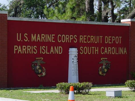 marine corps recruit depot parris island the