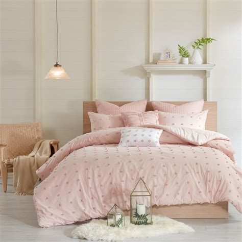 blush colored bedding the 25 best pink comforter ideas on
