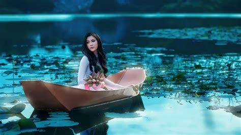 women on boats wallpaper girl asian boat lake flowers 1920x1080