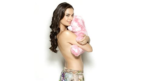 evelyn sharma fb facebook covers for bollywood actress 1069 1080