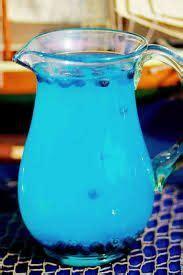 Poci Teh Celup Lemon 25s limonada azul con un poco de mora azul reposteria