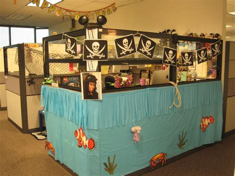 cool halloween themes office awesome cubicle with ideas decor pirate ship cool office