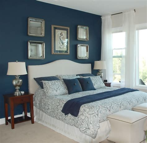 blaue wandfarbe schlafzimmer how to apply the best bedroom wall colors to bring happy