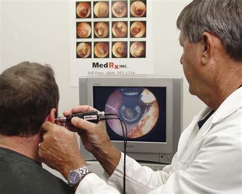 ear examination with otoscope video otoscopy rochester mi