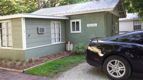 Leeway Cottages Wimberley Tx by Leeway Cottages On Cypress Creek Has Grill And Satellite Tv Tripadvisor Wimberley Vacation