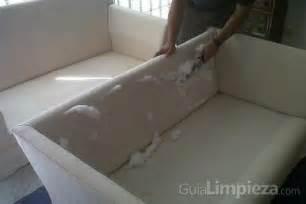 limpieza tapiceria sofa limpiar la tapicer 237 a sof 225 guialimpieza