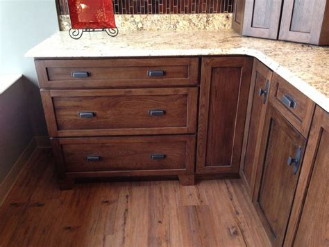 kitchen cabinets hickory dark hickory cabinets just kitchens pinterest