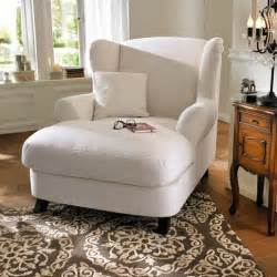 reading chairs for bedroom best 25 comfy reading chair ideas on pinterest reading