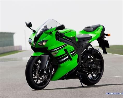 2008 Kawasaki Zx6r by 2008 Kawasaki Zx 6r Image 4