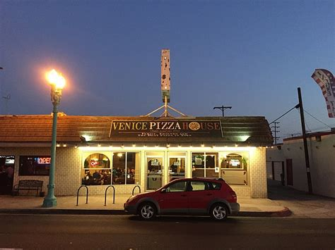 venice pizza house venice pizza house does it old school delicious san diego reader