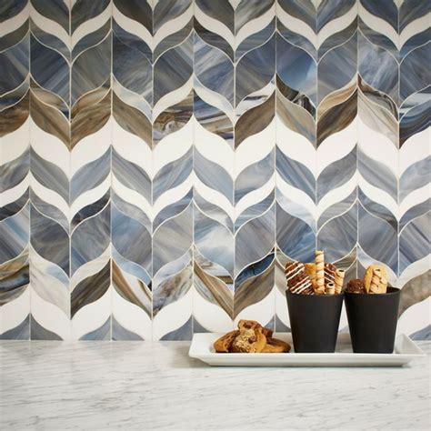 sacks glass tile backsplash 25 best ideas about tile stores on wood