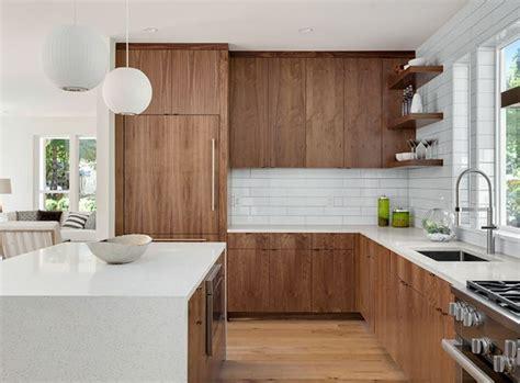 inspirasi warna cat dapur dinding lemari lookable