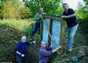 backyard dugout former history teacher builds 60 ft wwi trench in his