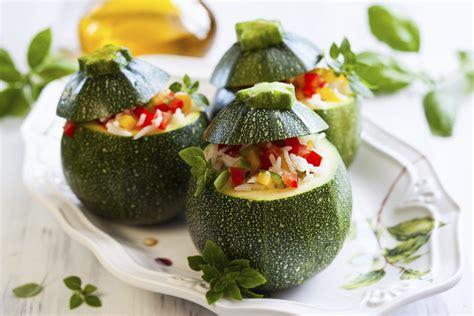 come cucinare le zucchine tonde ricetta zucchine tonde ripiene di riso e verdure non