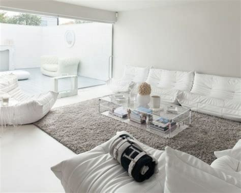 Salon En Gris Et Blanc by Un Salon En Gris Et Blanc C Est Chic Voil 224 82 Photos Qui