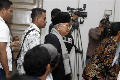 ahok indonesia news ahok apologizes to mui chairman ma ruf amin city the