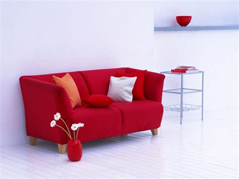 Couch With Bed 1024x768 Red Sofa Desktop Pc And Mac Wallpaper