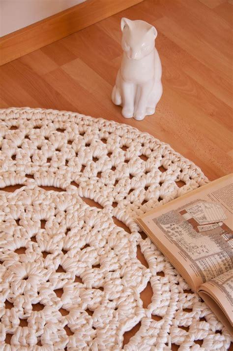 alfombra xxl crochet patr 243 n de alfombra de ganchillo xxl con flor en el centro