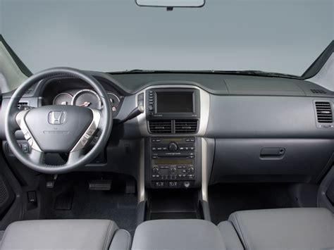 2006 Honda Pilot Interior by 2006 Honda Pilot Lx Sport Utility Interior Photos