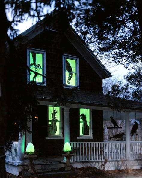 scary halloween decorations to make at home halloween decorating and craft templates martha stewart